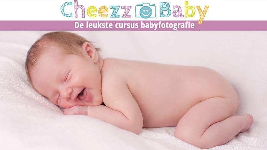 Hoe vind je goede babyfotograaf voor pasgeboren baby fotoshoot
